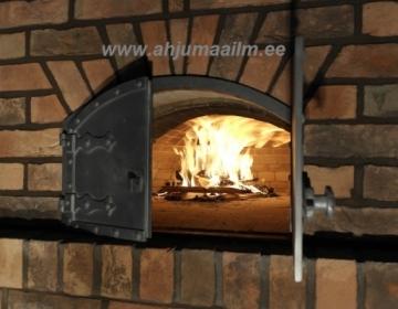 Astri keskuse pizzaahi Narvas